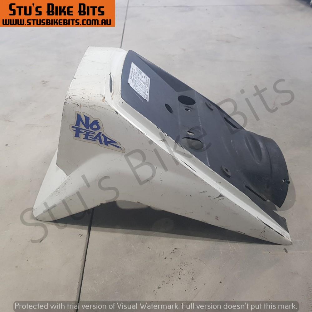 GS550M - Rear Duck Tail Piece Cowl Fairing