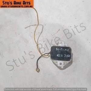 GS750 - Regulator/Rectifier