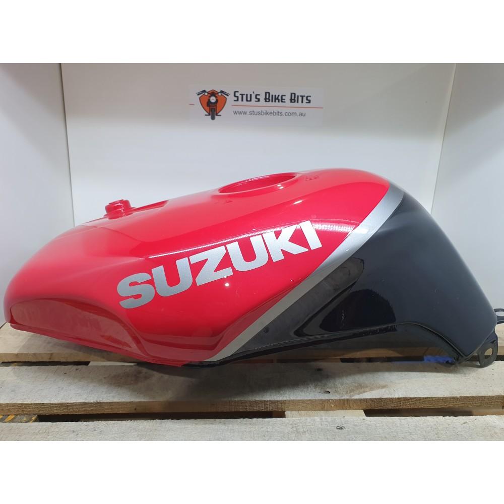 GSXR1100 - Petrol Tank Fuel Tank Black/Red NOS