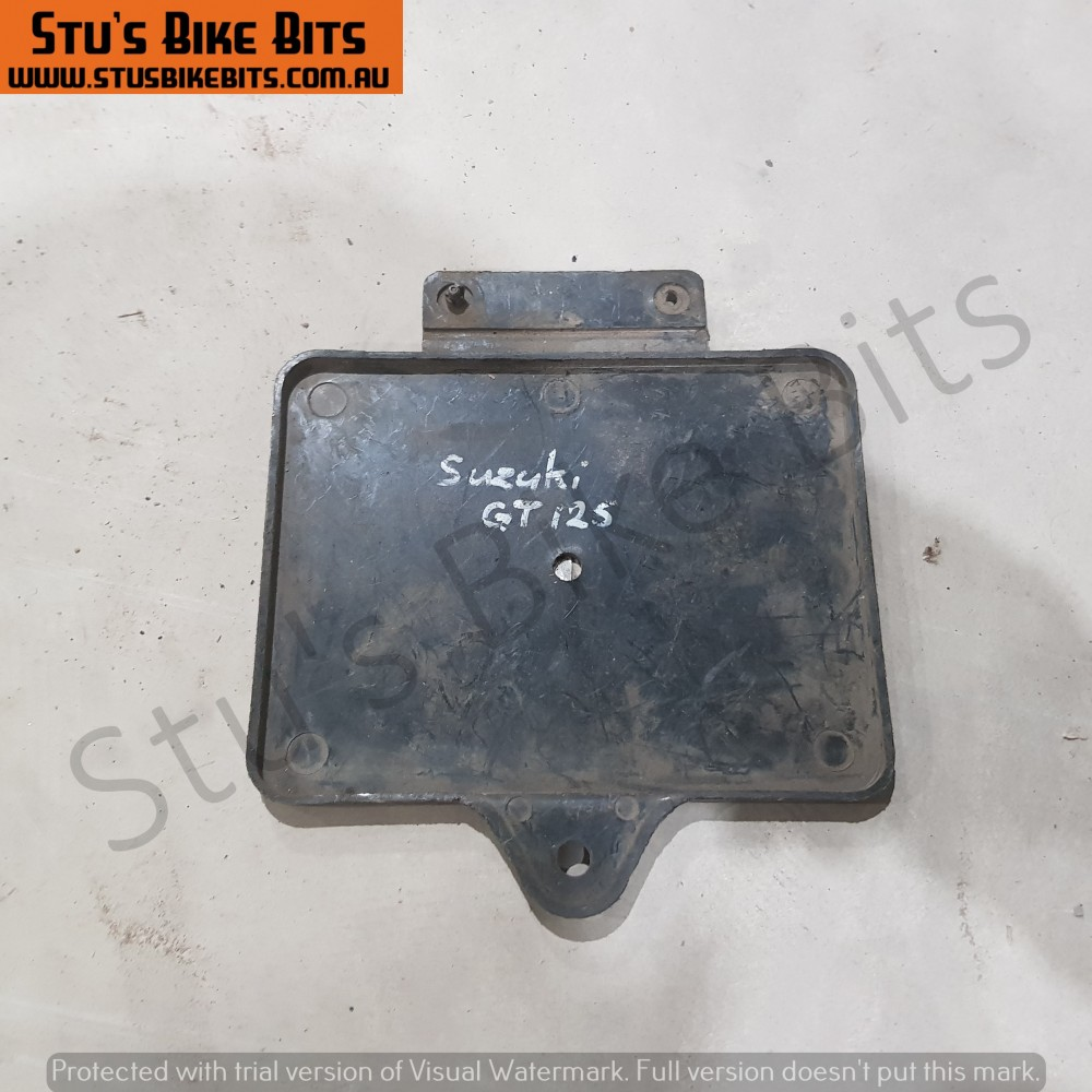 GT125/GT185 - Battery Box Cover