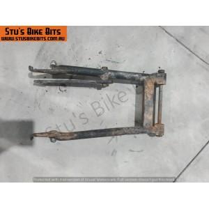 GT80 - Swing arm